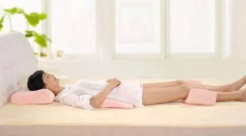 孕妇睡觉的时候