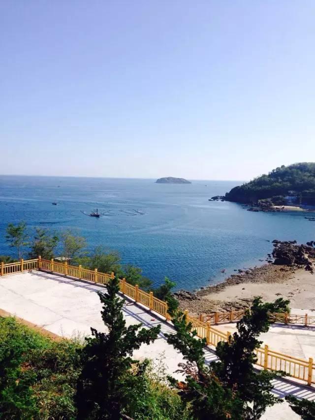 最佳旅游季节:7月--9月 4 大长山岛    是长海县政府所在地, 是全县