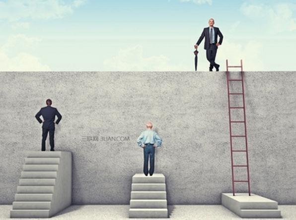 世界上最容易成功的有两种人