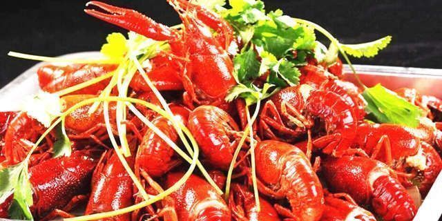 火爆6大城市的小龙虾餐馆
