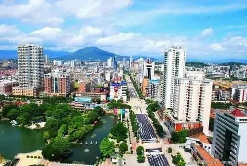 漳州市南郭靖县gdp_今年GDP超三万亿元的城市,除了 上海市 外还将新增 北京市