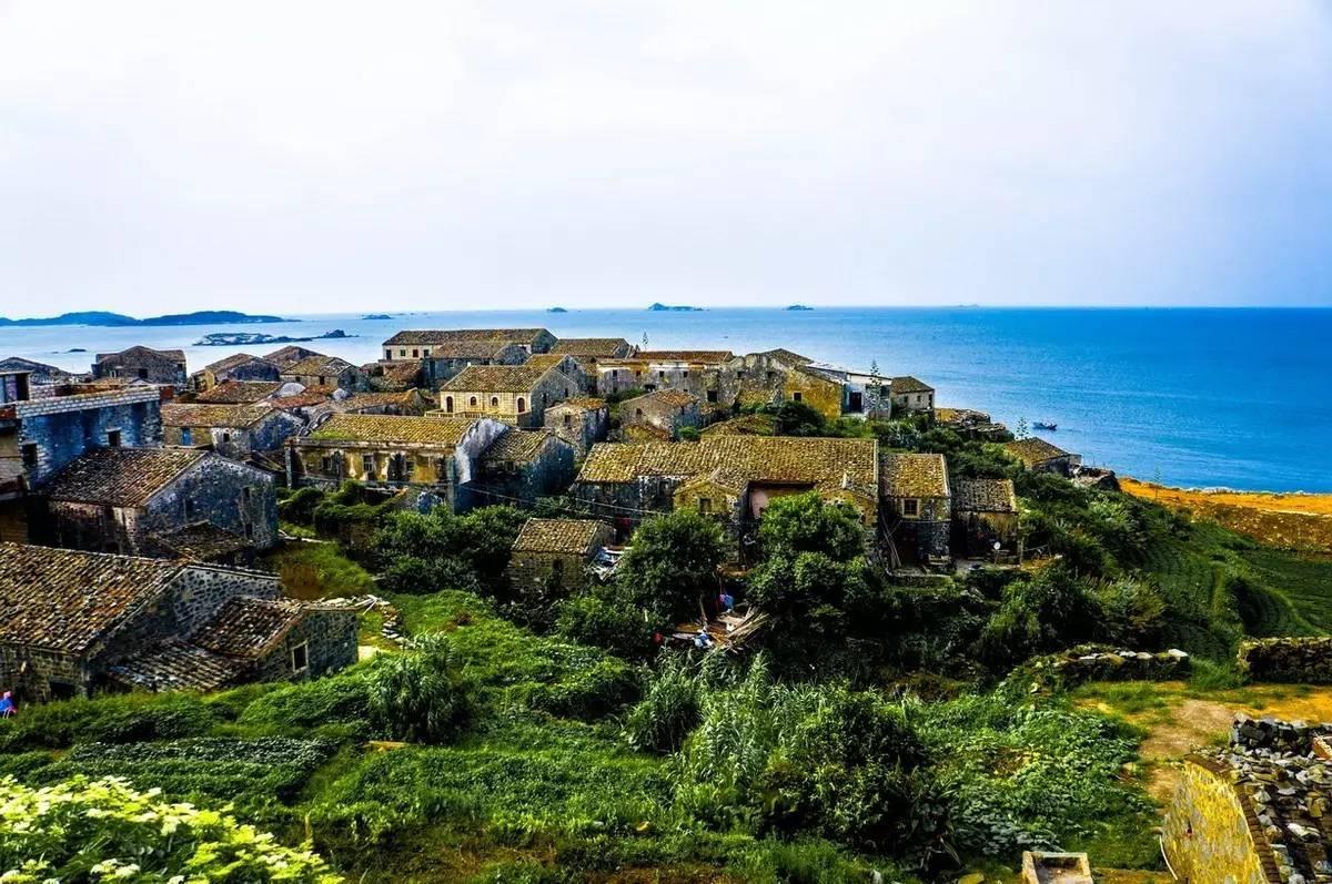 平潭岛上的石头屋,是这座小岛特色鲜明的历史遗存,是这座小城的年轮.