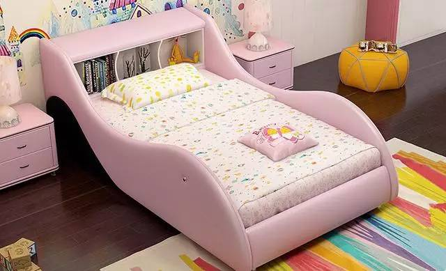 创意飞船儿童皮床,设计造型新颖,可爱,男孩女孩都适用,舒适度极高图片