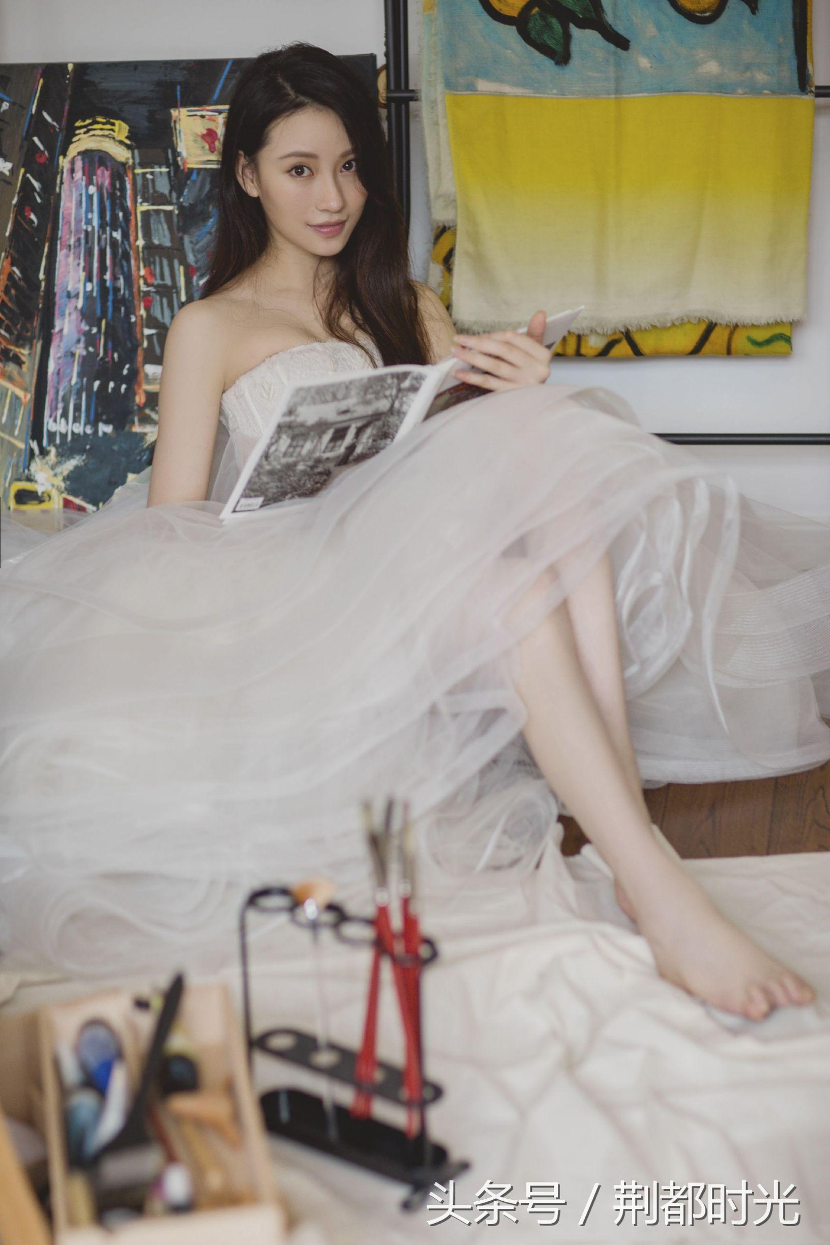 人像摄影婚纱资讯设计师们用栩栩如生的工艺坚持用心探索并创造美