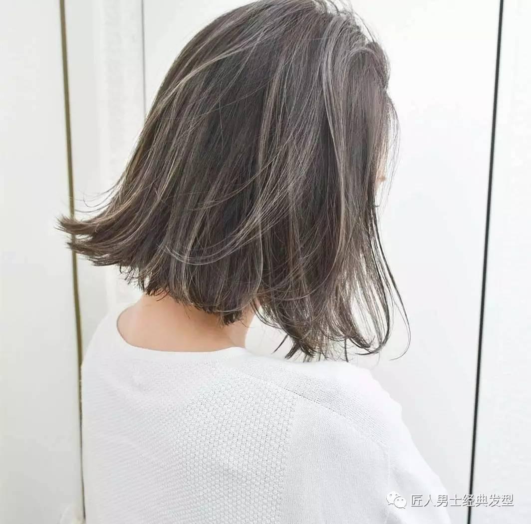 女生最新短发挑染发型图片