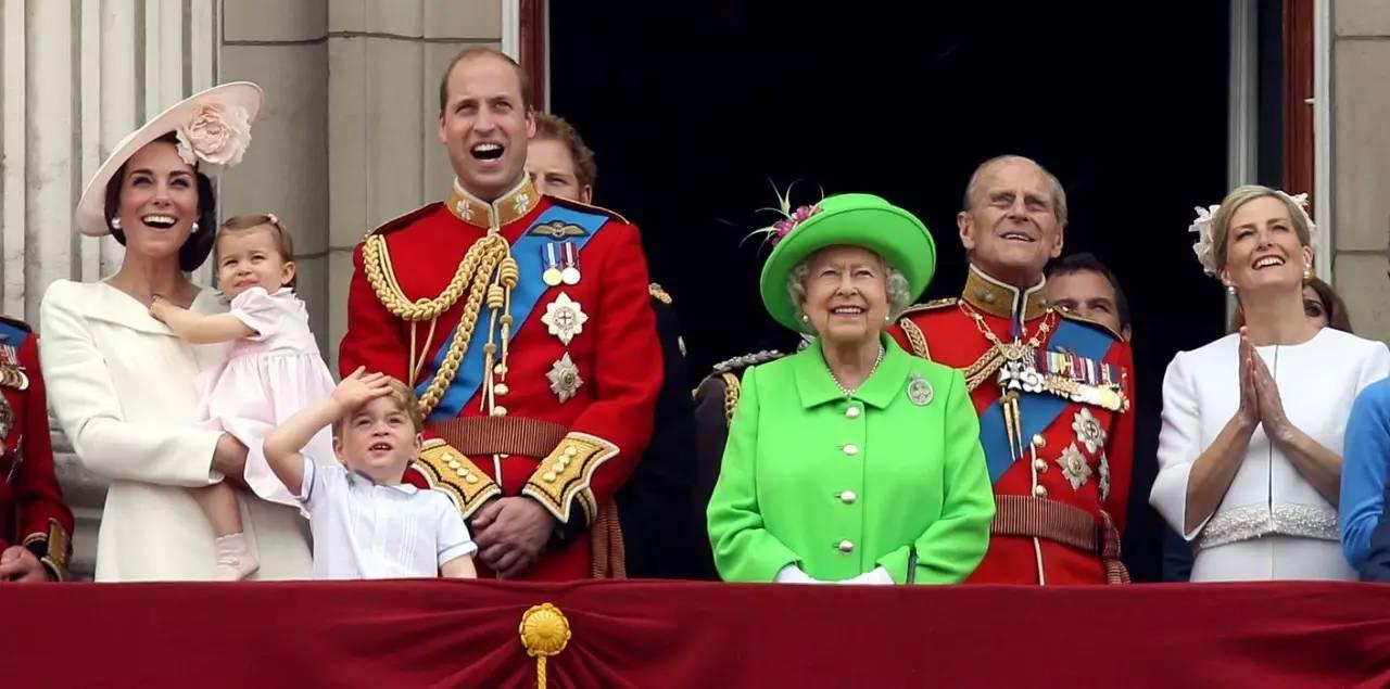 超长待机的英女王迎来91岁生日,澳洲又放假啦!