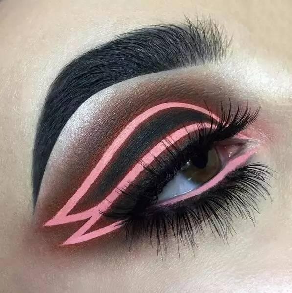 【创意眼妆】开在眼睛上的艺术之花,挑逗你的视觉神经