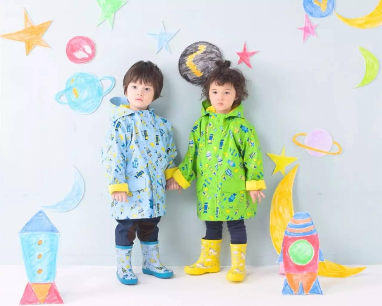 时尚 正文  has的儿童主题雨衣,雨鞋一定会让孩子穿上了就不想脱下来图片