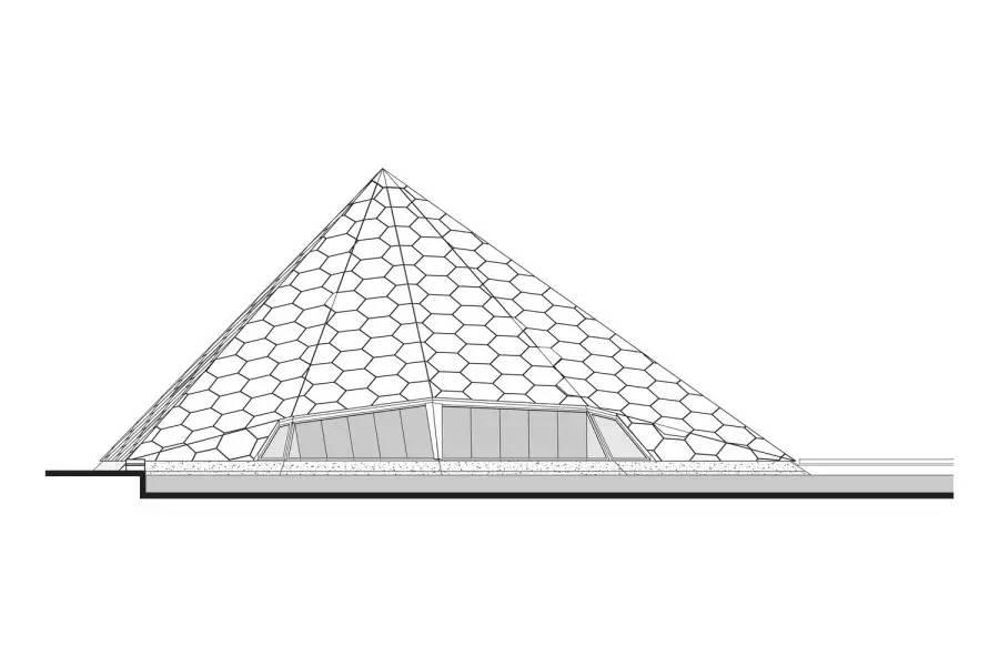 植物园的金字塔
