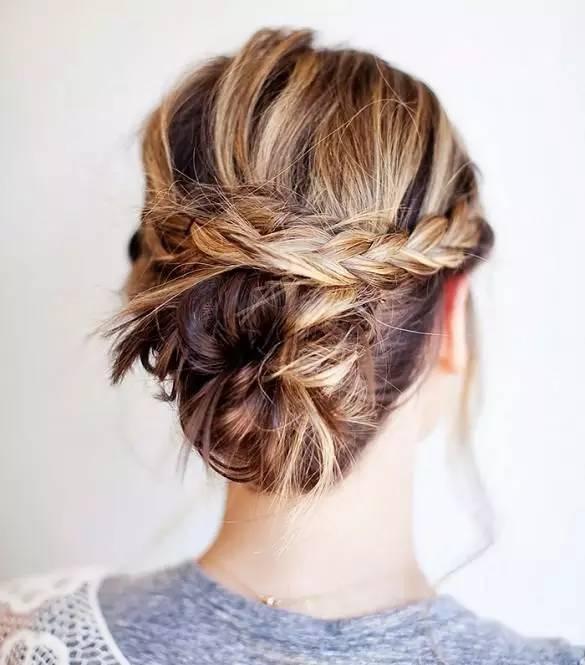 10款简易的中长发编发发型,这样弄比任何姑娘都漂亮!