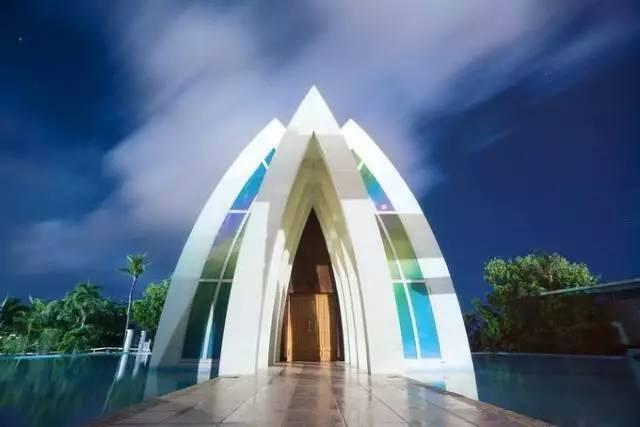 它位于关岛pic太平洋度假村内,是关岛岛上第二座以婚礼村做概念而