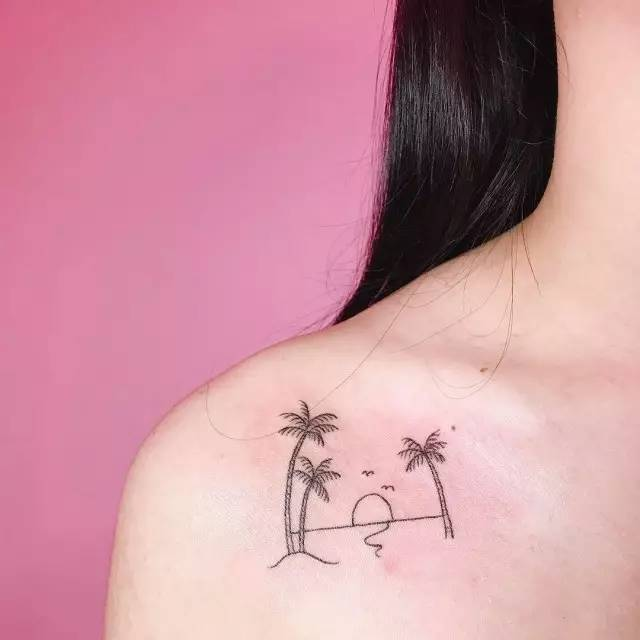 清新性感的小纹身 不仅适合爱美的妹子 还有情侣款哦~ 唯美小清新