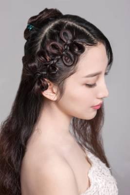 新娘发型教程|长发造型之蝴蝶编发