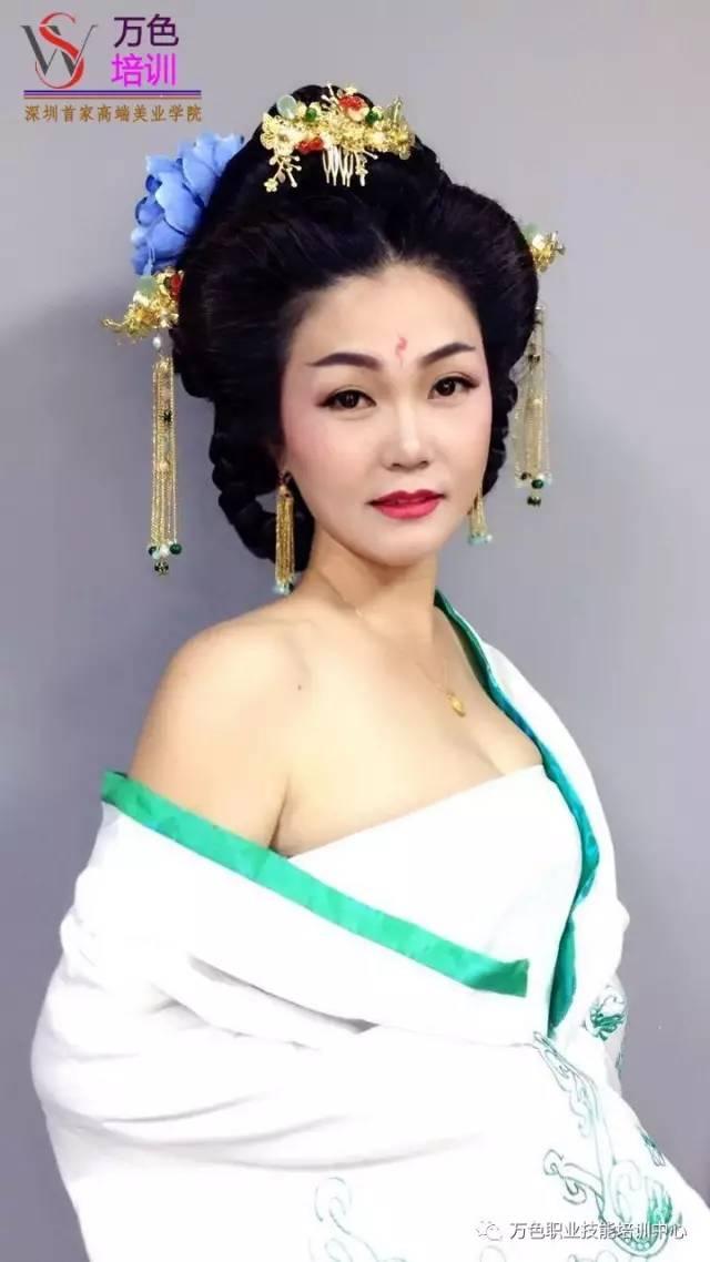 古装手绘清朝女子图片-清朝妃嫔手绘图片大全-王昭君手绘图片-古装