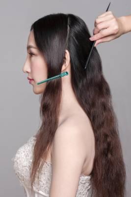 新娘发型教程|长发造型之蝴蝶编发图片