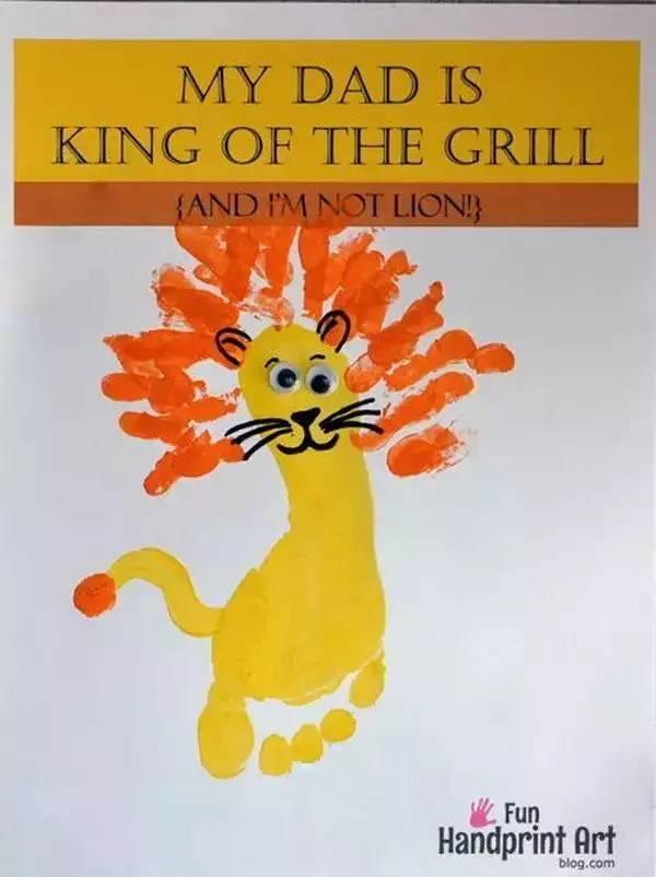 组合手印和脚印狮子工艺卡.这是非常好的和孩子很容易做的.