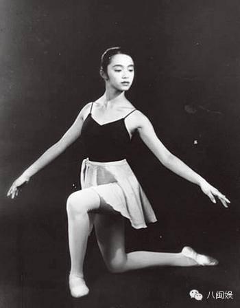 姚晨晒出北京舞蹈学院附中福州班20周年庆,这是什么鬼