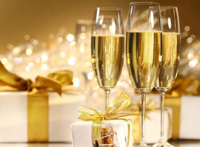 香槟酒杯手绘