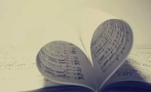 教育 正文  二,注意使用的曲谱 1,把谱子放到资料文件夹中是个既能