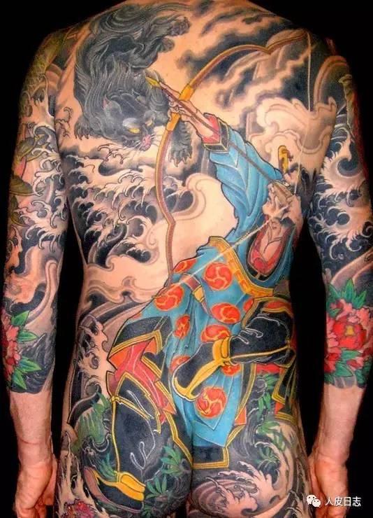 纹身铠甲手绘图
