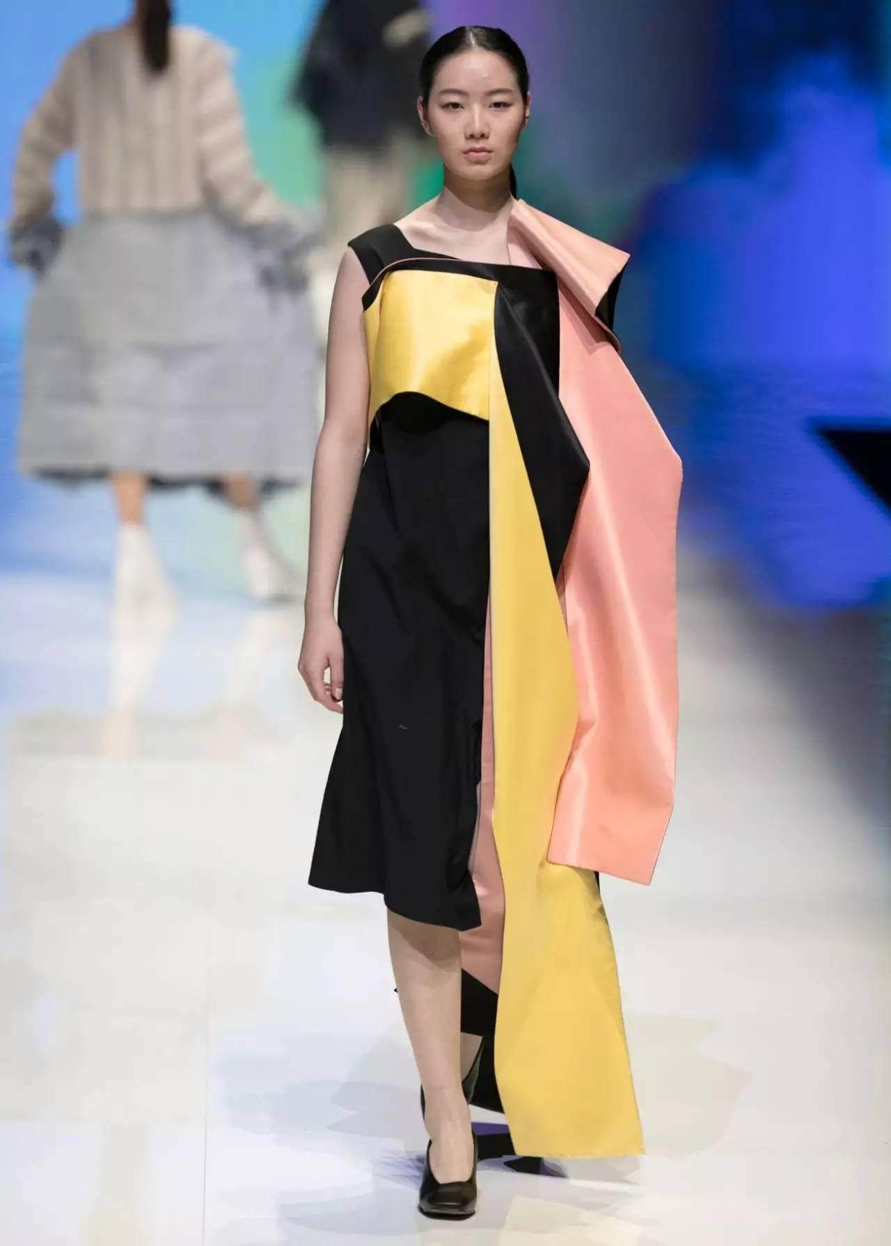 【女装设计】北服时装周时尚创意全系列作品图片