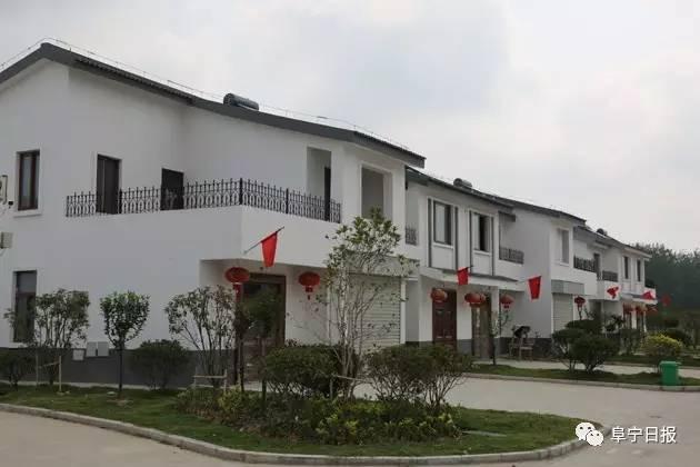 建筑风格为新中式,总建筑面积110319㎡,其中,住宅建筑面积105706㎡,公图片