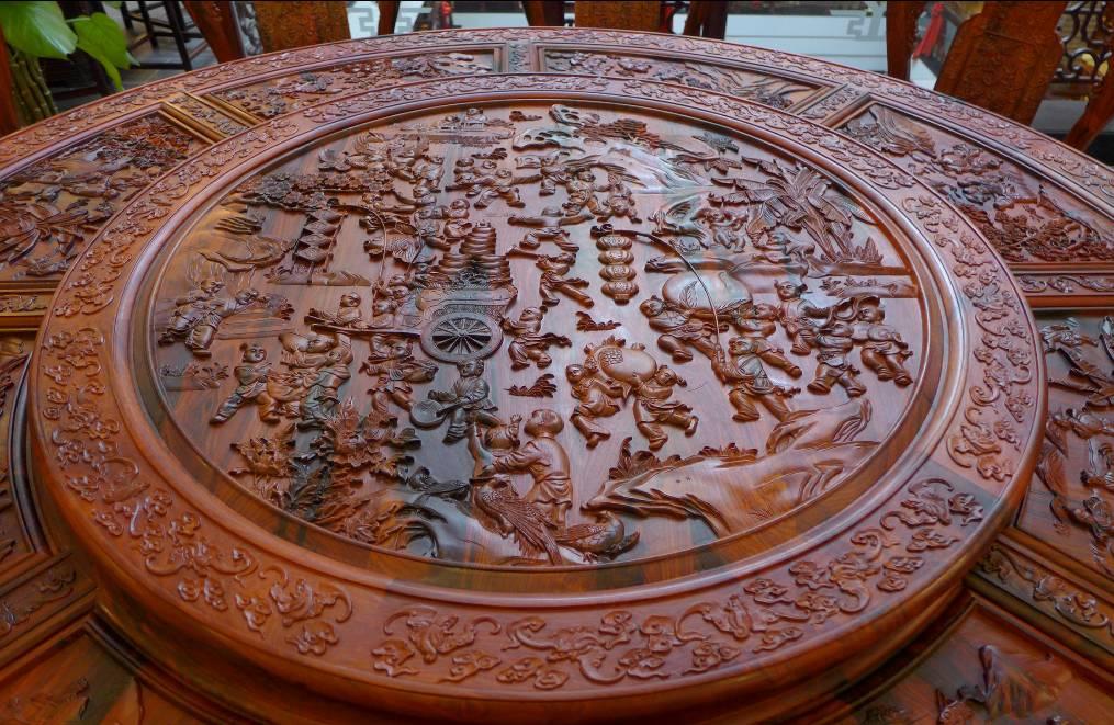 文化 正文  中式红木和西式洋家具,其实代表的是两种不同的文化.