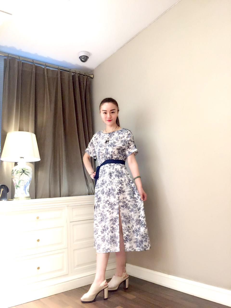 30 女人怎么穿衣这几种装扮减龄显气质 时尚瑞莎