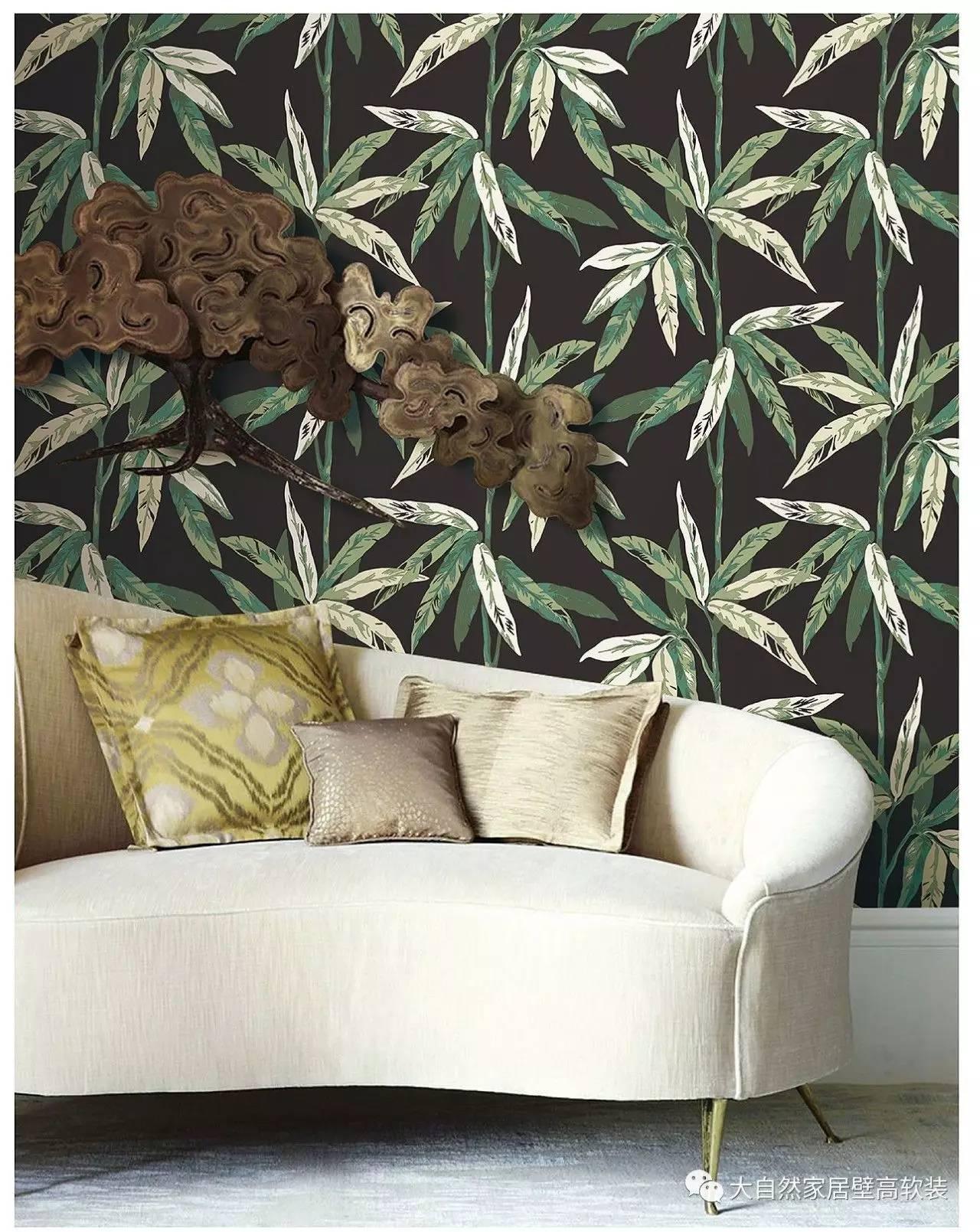 墙纸图案运用热带雨林的元素,贴在家中,亲近自然,热情奔放.