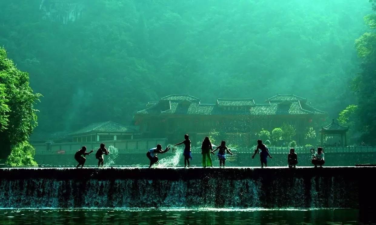 红果树,双河溶洞国家地质公园,双河溶洞,九道门,龙桥生态旅游风景区
