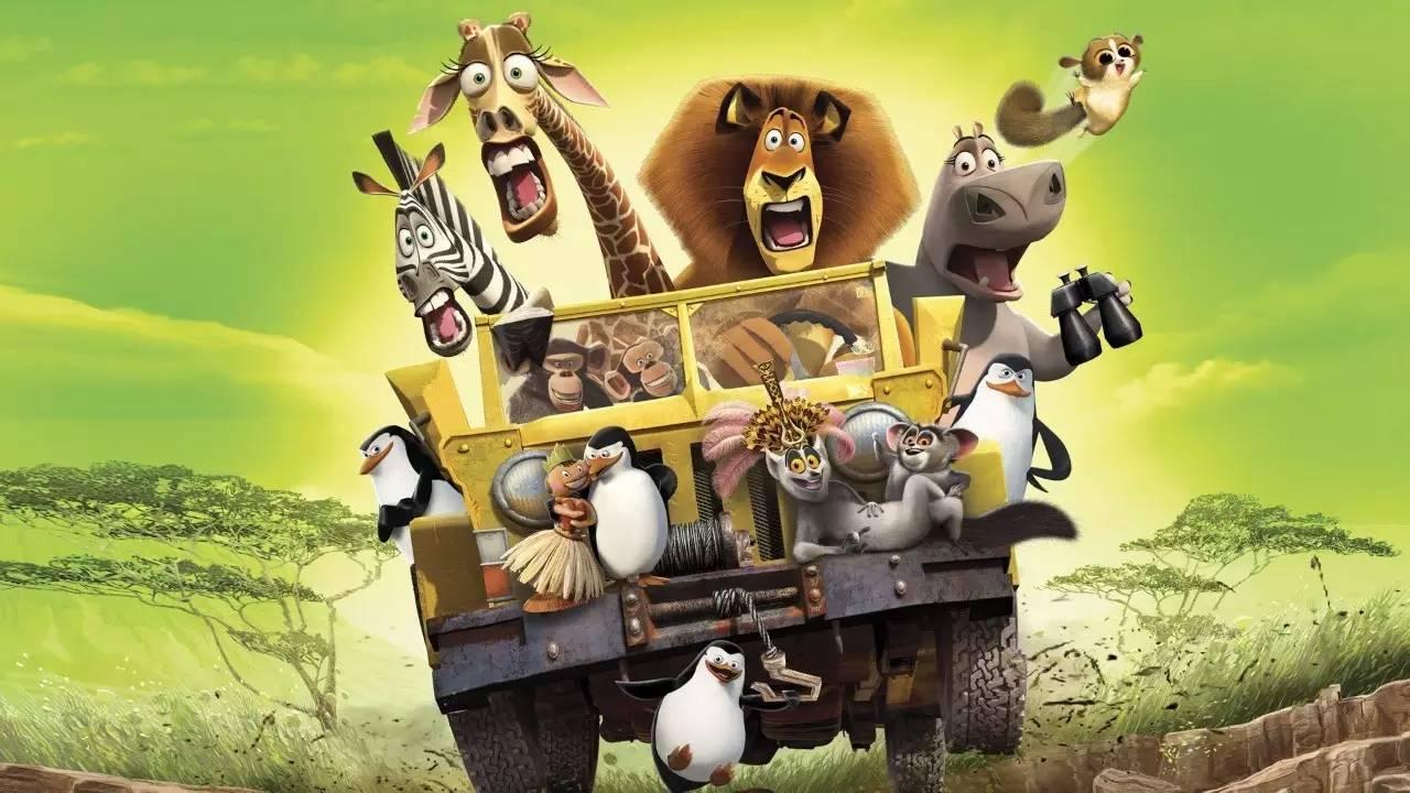 地球奇观:猴面包树大道,雨林夜间动物探索,寻找奇特变色龙,狐猴亲密