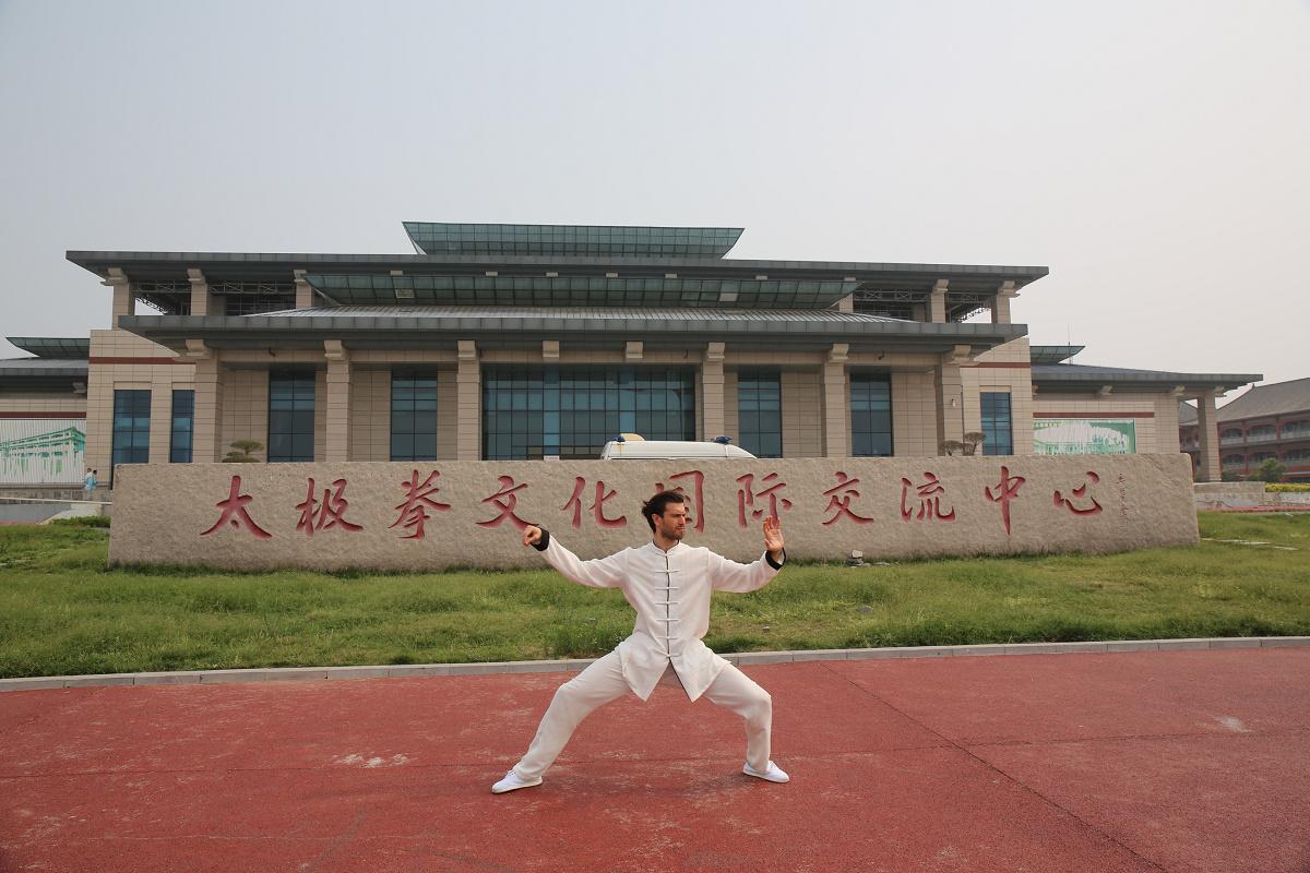 国际超模马赛罗 欧根进军中国 不走T台反打太极