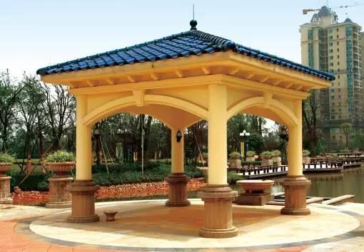 文化 正文  景亭结构很丰富,立于水边,利用水面镜像原理,丰富景点效果