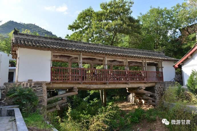 是康县境内唯一的古代木结构桥梁.