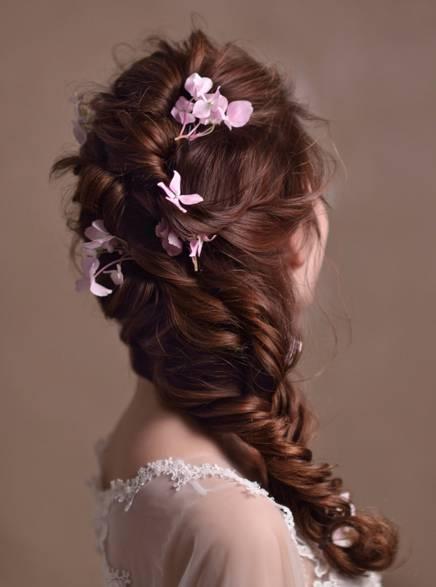 新娘编发 空气感发型 唯美鲜花=最抢眼的新娘发型!干货太多,建议收藏