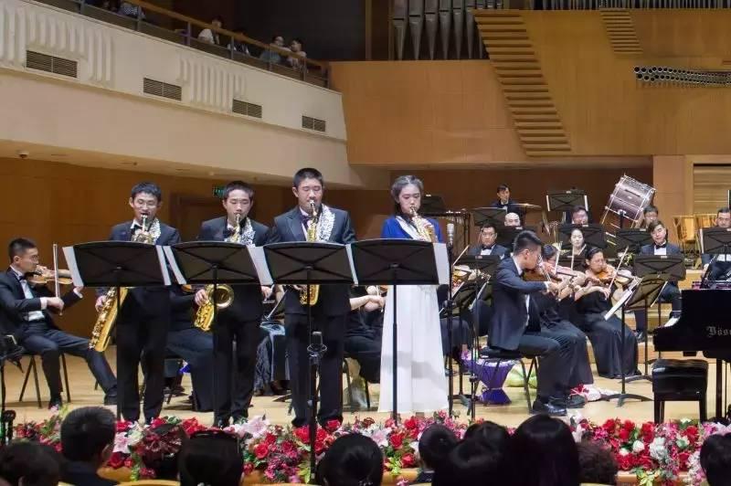 琴协奏曲   萨克斯小合奏 12-15岁   演奏曲目《奏鸣曲四重奏》