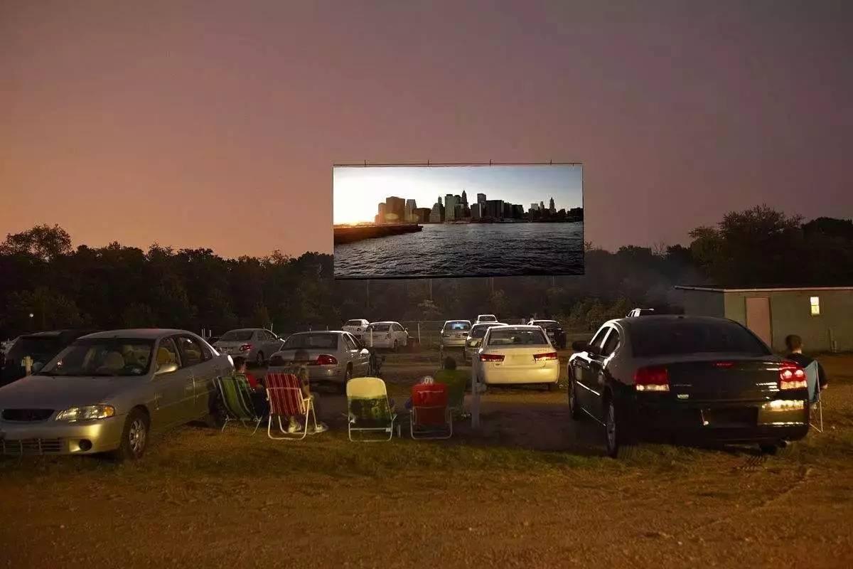 车影院_去汽车影院看场电影