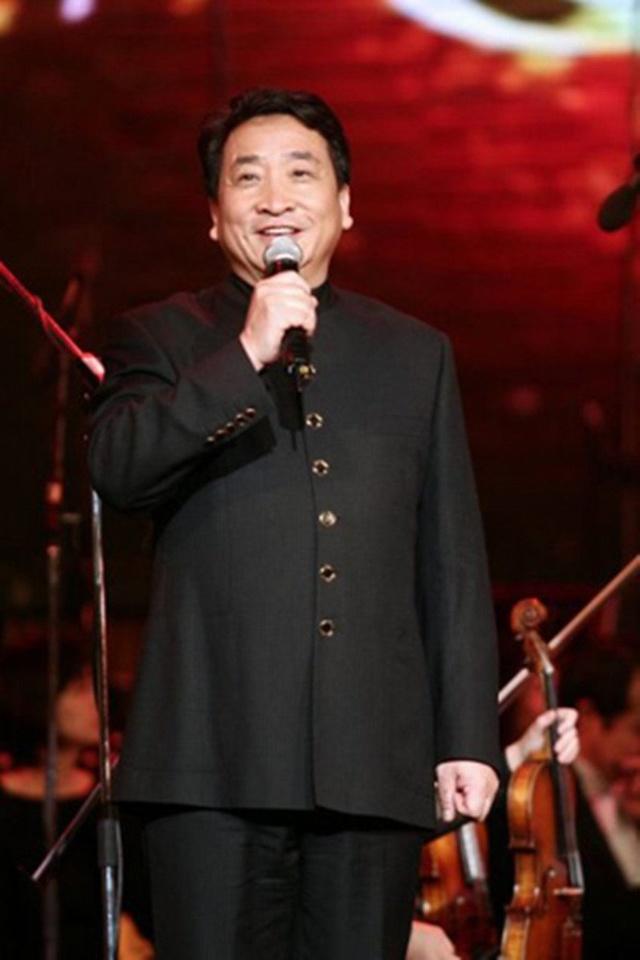 著名相声演员姜昆被解聘,收回聘书
