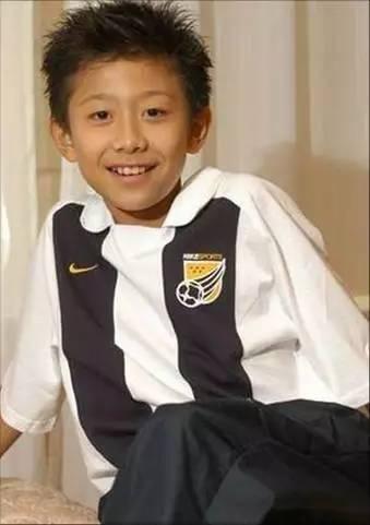娱乐 正文  (参考形象) 林雨墨 女 7-10岁 活泼开朗 (参考形象) 《剧