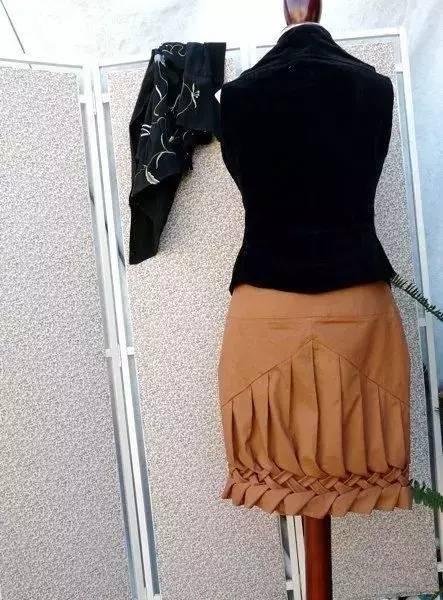 旧衣服裙子太大了,用这种方法来改,又变一件新的啦!