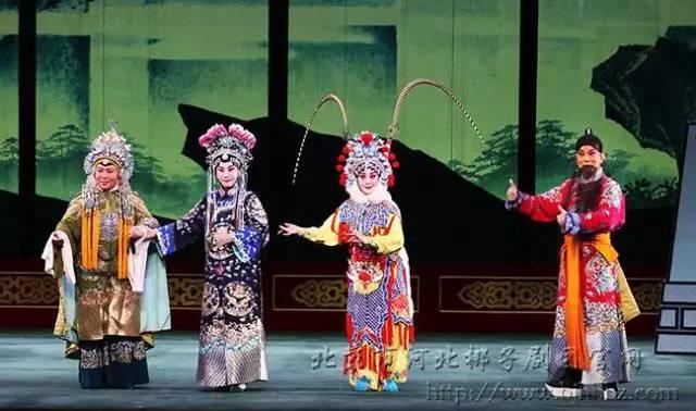 北京市河北梆子剧团厦门国际马戏城的核心建筑、被吉尼斯认证为全