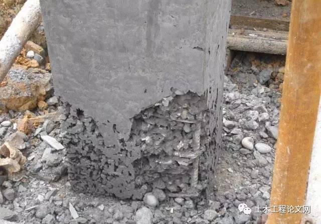 和易性良好的混凝土,能够得到结构均匀,成型密实的构件,减少露筋