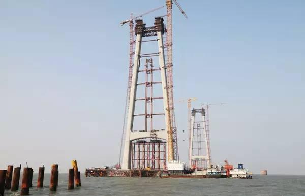 了 堪比三峡的超级工程 港珠澳大桥主体今天全面贯通