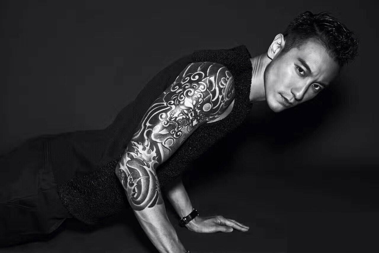 不知从什么时候起,纹身成为一种潮流, 行走荷尔蒙的男明星们, 用好看