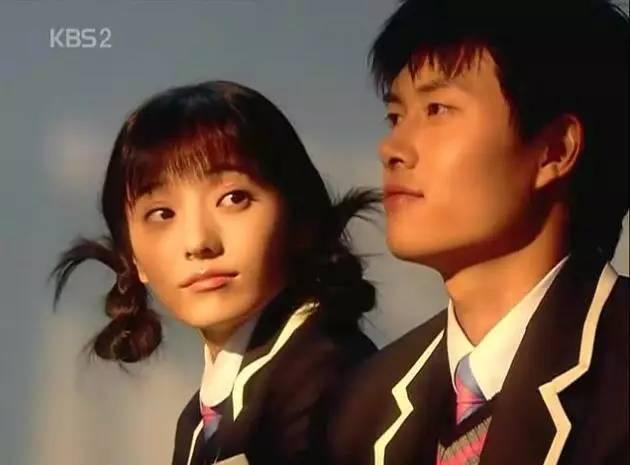 宋慧乔嫁给宋仲基之后,陪伴我们长大的韩剧女神好像就剩她没嫁