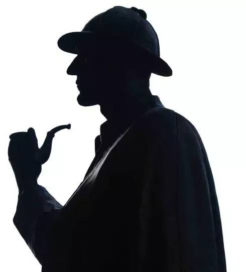 不叼烟斗的福尔摩斯图片