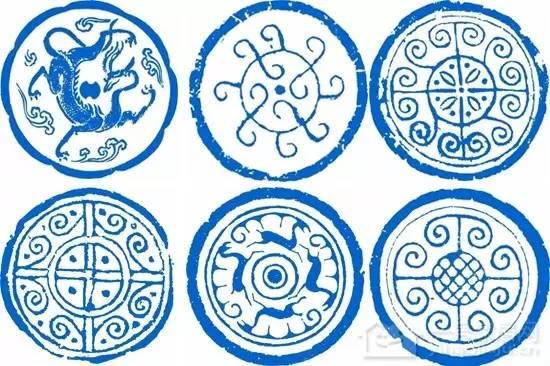 文化 正文  瓦当部分多雕饰有各种图案,常见的有文字瓦当,动物纹瓦当