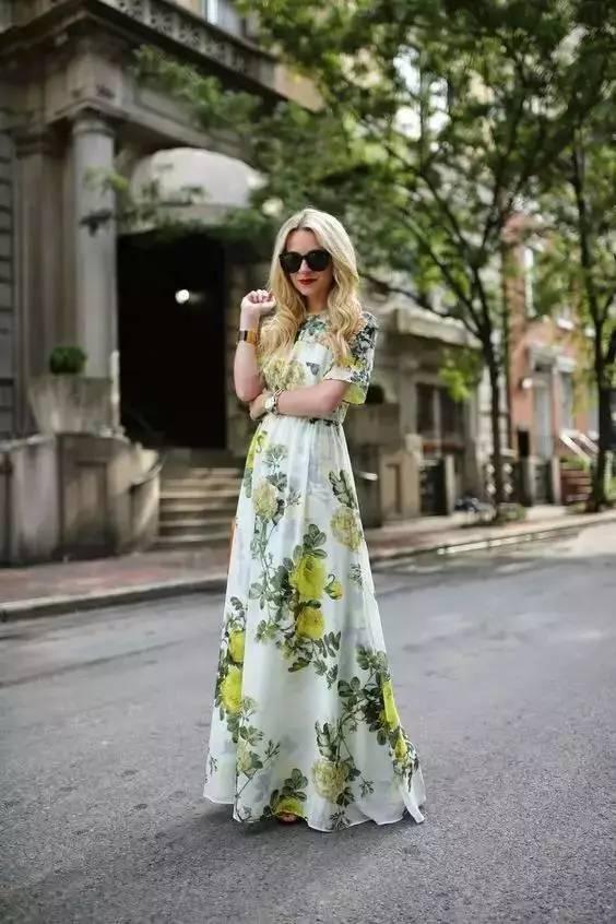 穿衣 如何在夏季穿的更亮眼?这些清凉好看的配色你要记住!