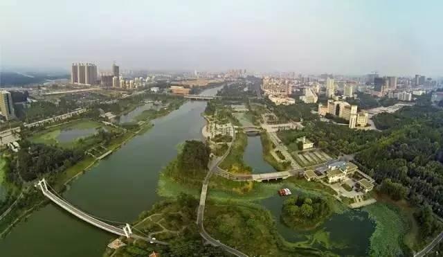 贵港覃塘东龙gdp_2019中国 贵港 汽车产业发展论坛开幕,带你看不一样的贵港