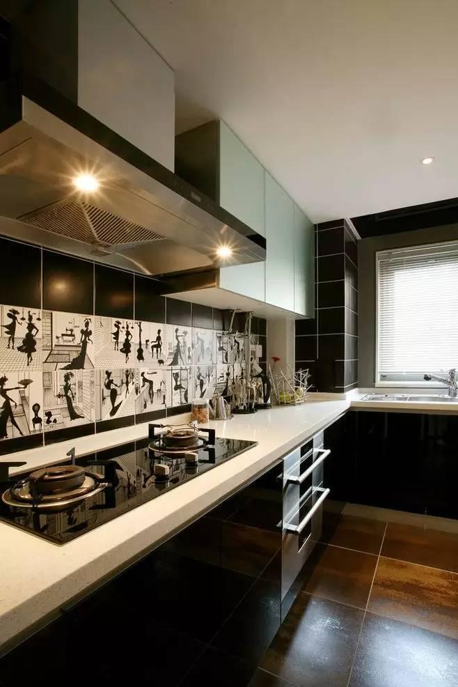"""长方形厨房较适合设计成""""l""""型橱柜,空间利用率高."""